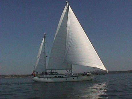 2000 Robert Tucker V60