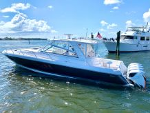 2016 Intrepid 475 Sport Yacht