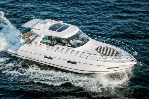 2018 Cruisers Yachts 48 Cantius