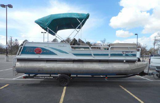 1998 Sun Tracker PARTY BARGE 21 Signature Series
