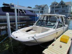 photo of  27' Boston Whaler 270 Vantage