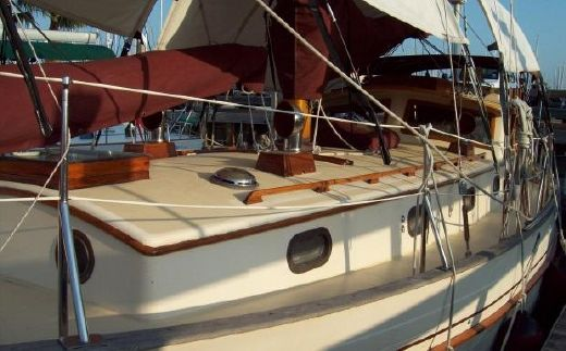1984 Tayana Pilothouse 37'