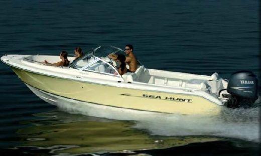2007 Sea Hunt Escape 200