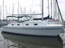 1993 Endeavour Catamaran 30