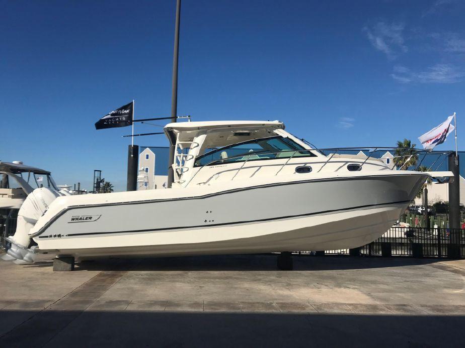 2019 Boston Whaler 345 Conquest A motor Barco en venta - www ... on