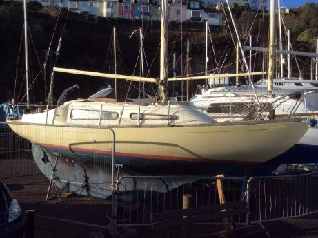 1975 Folkboat 25