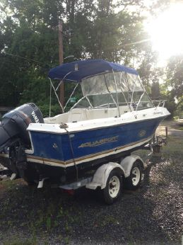 2002 Aquasport 215 Osprey Sport