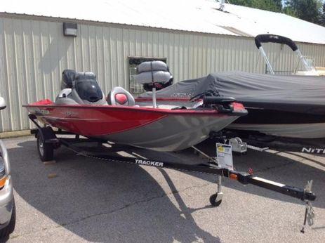 2015 Tracker Boats Pro Team™ 175 TXW