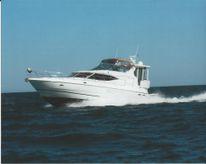 2001 Cruisers Yachts 4450 Motor Yacht