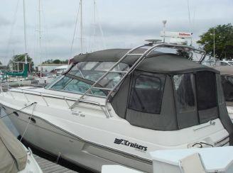 1989 Cruisers Yachts 3670 Esprit