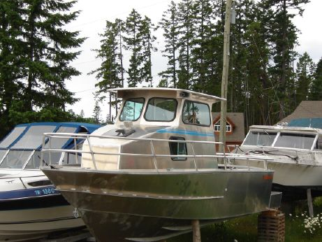 2005 Anderson 24 Offshore Hull