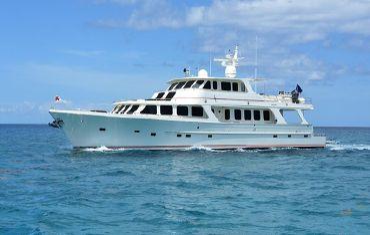 thumbnail photo 0: 2007 Offshore Yachts Motoryacht