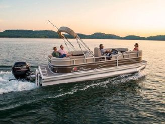 2020 Sun Tracker PARTY BARGE® 22 DLX