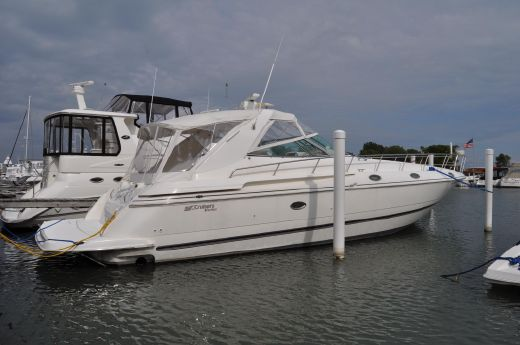 1997 Cruisers 4270 Express