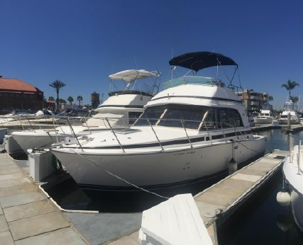 1988 Bertram 33 Flybridge Cruiser