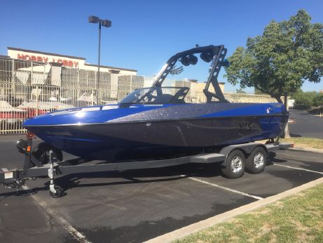 2017 Axis T22