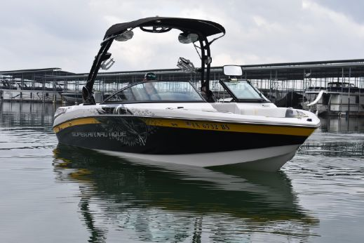 2011 Correct Craft Super Air Nautique 230 TE