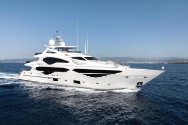 thumbnail photo 0: 2018 Sunseeker 131 Yacht
