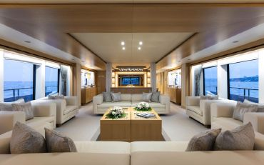 thumbnail photo 2: 2018 Sunseeker 131 Yacht