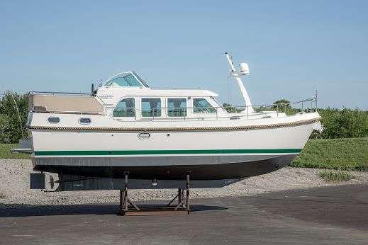 2008 Linssen Grand Sturdy 33.9 AC