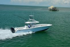 2019 Invincible 42 Open Fisherman