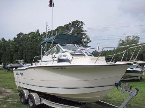 1996 Sea Pro 230 WALKAROUND