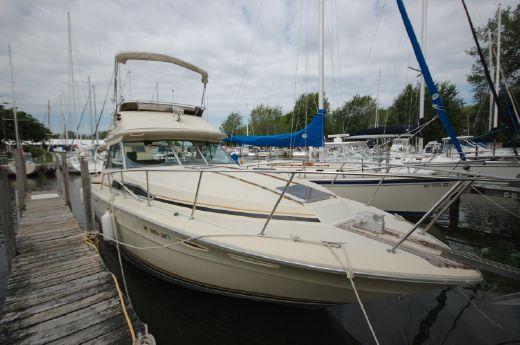 1985 Sea Ray 340 Sport Fisherman