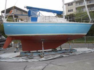 1974 Cal 35 Cruising Sloop Sailboat