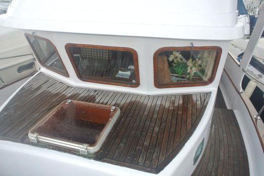 1981 Universal Marine Trawler Yacht