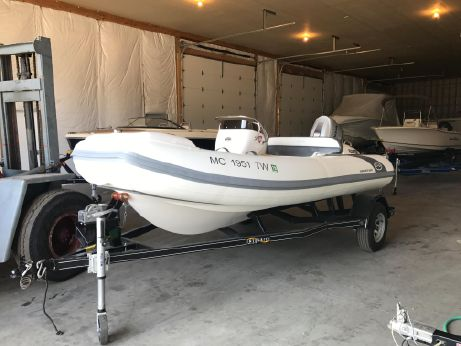 2016 Walker Bay 450 Generation