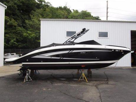2015 Sea Ray 270 Sundeck