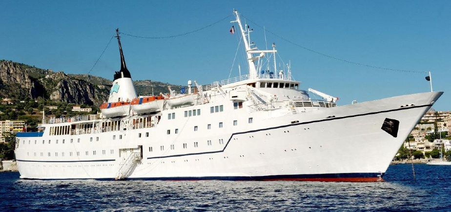 Classic Small Cruise Ship Passengers Stock No S - Classic cruise ships for sale