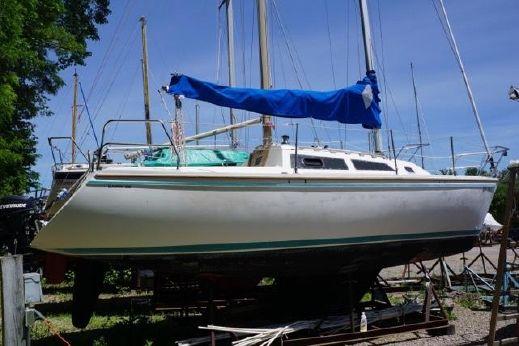 1990 Catalina Capri 26