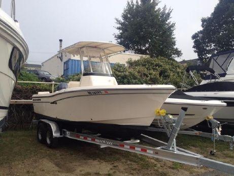 2013 Grady-White 209 Fisherman