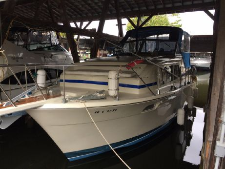 1974 Chris-Craft 350 Catalina