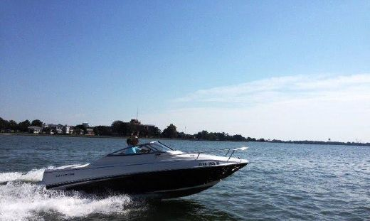 2012 Glastron GS 209--with Mercruiser engine warranty