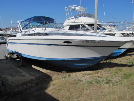 1989 Chris-Craft 37