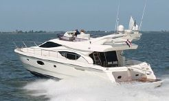 2006 Ferretti Yachts 550
