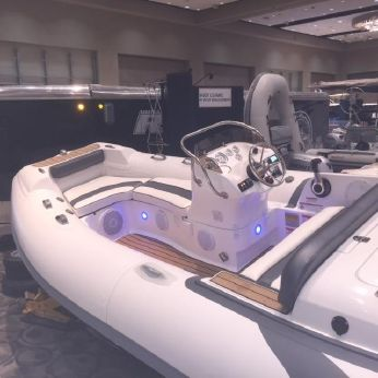 2016 Walker Bay Loaded Extras Generation 450