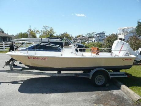 1985 Boston Whaler 17 Montauk