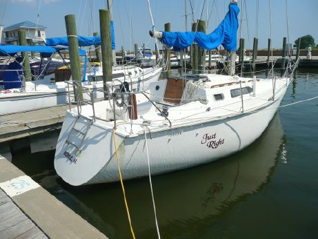 1988 Hunter Sloop 28.5