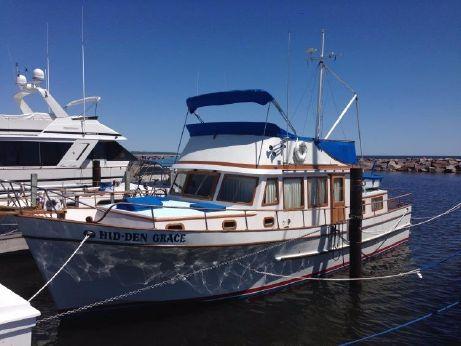 1979 Marine Trader trawler 44