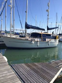 1990 Nauticat 33