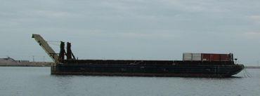 1977 Bin Wall Barge With Ramp - DWT 2000