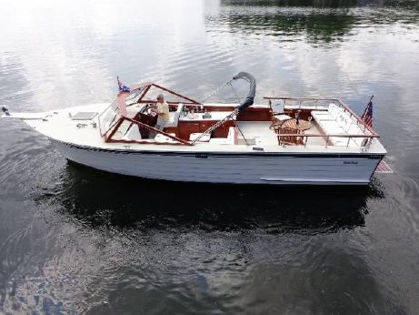 1985 Skiff Craft 31 Open