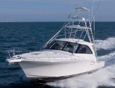 2012 Cabo Yachts 44 Hardtop Express