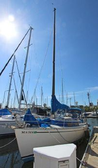 1985 Freedom Yachts 32 Fraction Rig Sloop