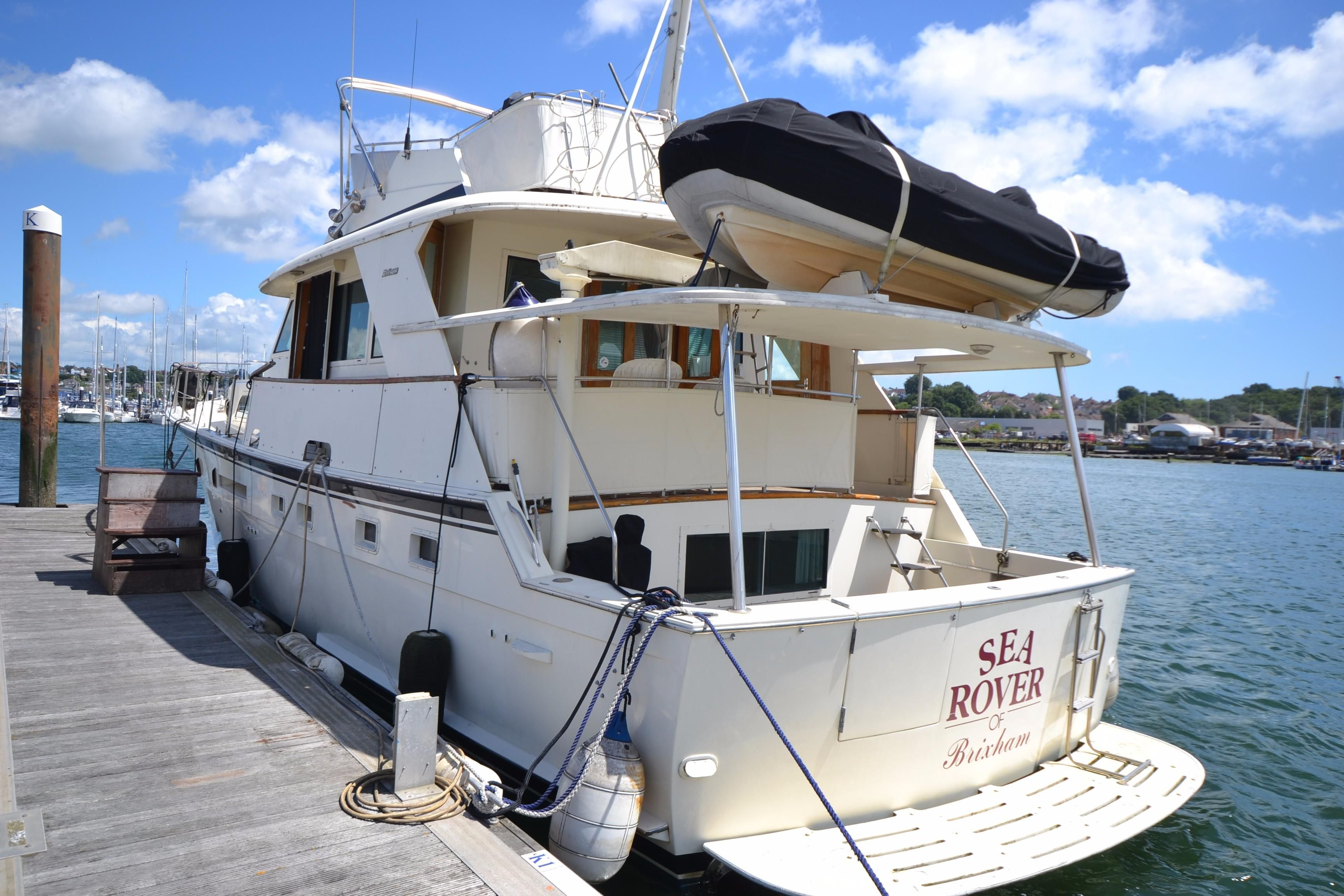 1991 hatteras 53 motor yacht power boat for sale www for Large motor yachts for sale