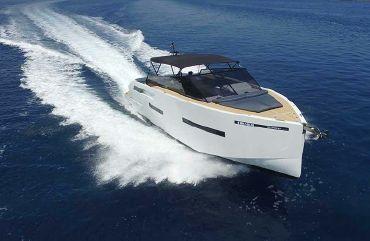 thumbnail photo 1: 2020 De Antonio Yachts D46 Open