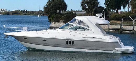 2005 Cruisers Yachts 420 Express